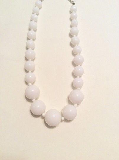 Forever 21 Forever 21 White Bead Round Necklace Pendant