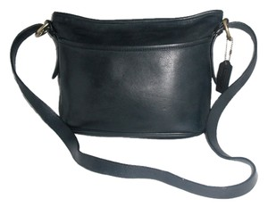 Coach Leather Worth #4143 Classic Shoulder Bag