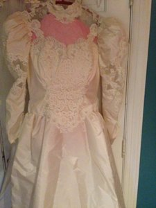 Priscilla Of Boston Priscilla Of Boston Wedding Dress