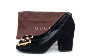 Gucci Suede Black Pumps