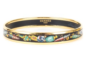 Hermès Hermes Ornament Motif Enamel & Gold Narrow Bangle Bracelet