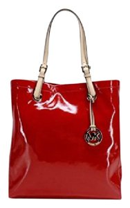 Michael Kors Patenet Leather Jet Set Item Tote in RED
