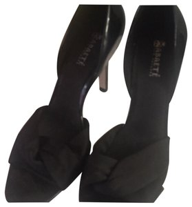 Abaete Black Pumps