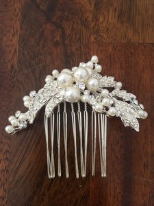 David's Bridal Floral Comb With Pearls