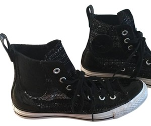 Converse Leather All Stars Chuck Taylor High Tops Size 7 Black and white Athletic