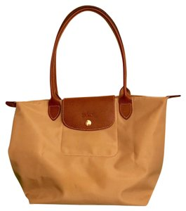 Longchamp Tote in Beige