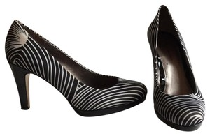 Bandolino Black and white Pumps