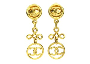 Chanel Chanel 93P Vintage Gold CC Loop Clover Dangle Clip On Earrings