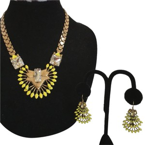 Stella & Dot Stella & Dot Norah Set Necklace & Chandelier Yellow Leaf Earrings