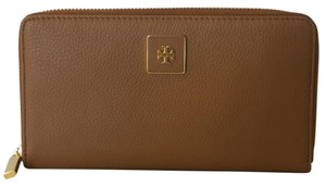 Tory Burch Tory Burch Clara Zip Continental Wallet