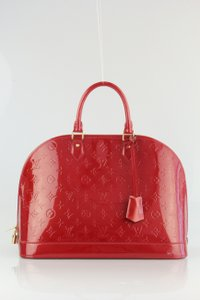 Louis Vuitton Alma Alma Gm Vernis Alma Very Easy To Carry Satchel in Pomme D'Amour Red