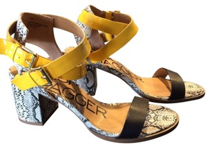 Kelsi Dagger Yellow/snake print Sandals