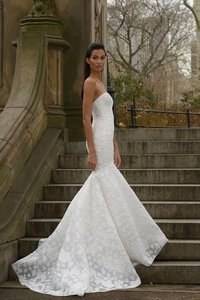 Amsale Aida Wedding Dress