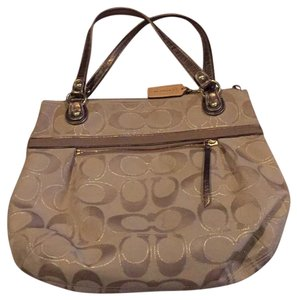 Coach Tote in goldish/taupe