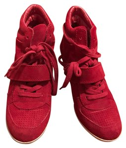 Ash red Athletic