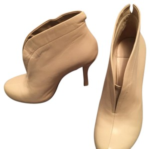 Barneys New York sand/nude Boots