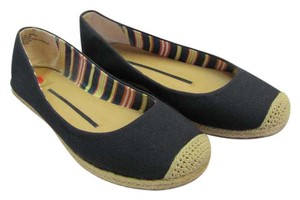 New Directions Size 8.50 M Very Good Condition Black, Neutral Flats