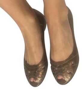 Me Too Bronze Metallic Flats