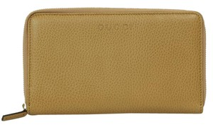 Gucci NEW GUCCI 321117 XL Leather Zip Around Wallet Clutch, Whisky