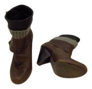 Jessica Simpson brown /Gray/ black Boots