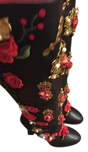 Dolce&Gabbana Embroidery Flowers Black and red Boots