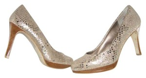Moda Spana gold Pumps