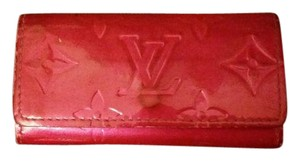 Louis Vuitton Vernis Monogram Key Holder Fuschia CA0033