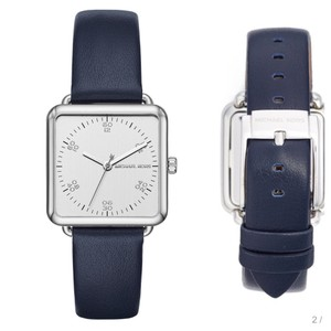 Michael Kors Michael Kors brenner silver square leather watch