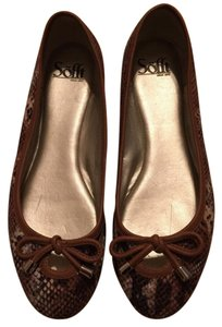 Söfft Brown, cream and tan Flats