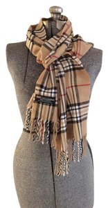 Other Cashmere Made in Scotland Designer Look Plaid Print