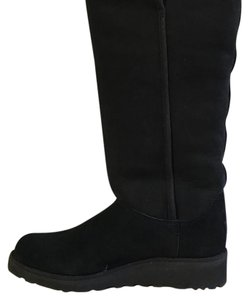 UGG Australia Suede Leather Black Boots