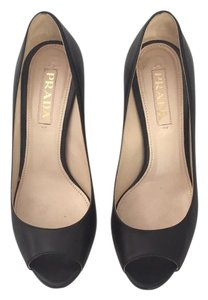 Prada Peep Toe Leather Blacl Pumps