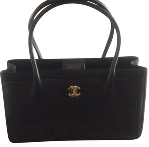 Chanel Handbags Cerf Caviar Tote in Black