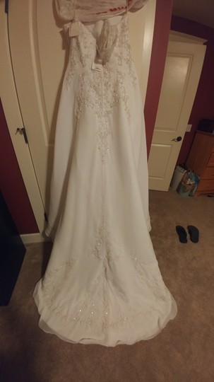 David's Bridal White 10041587 Wedding Dress Size 14 (L)