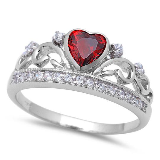 9.2.5 Unique red garnet crown heart ring size 8