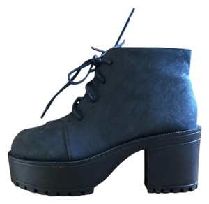 H&M Chunky Nineties Black Boots