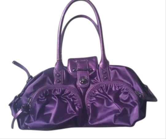 Preload https://img-static.tradesy.com/item/20607376/botkier-stunning-vibrant-purple-satin-and-leather-shoulder-bag-0-1-540-540.jpg