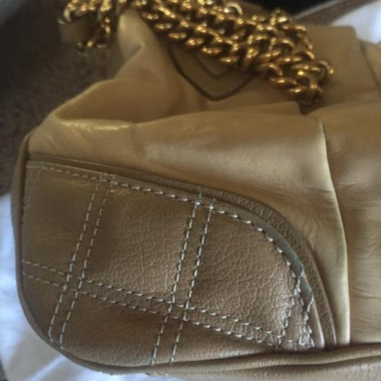 Marc Jacobs Bags Bags Shoulder Bags Leather Handbags Satchel in Beige