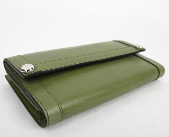 Gucci New Gucci Green Leather Charmy Clutch Continental Wallet 231839 3309