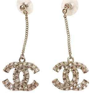 Chanel NEW in box CHANEL silver crystal CC logo dangle earrings classic