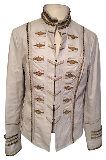 Preload https://img-static.tradesy.com/item/20609031/pamela-mccoy-white-gold-trim-hook-and-eye-front-mandarin-collar-buttoned-cuff-leather-jacket-size-8-0-1-650-650.jpg