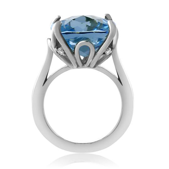 9.2.5 Unique claw prong blue topaz cocktail ring size 7