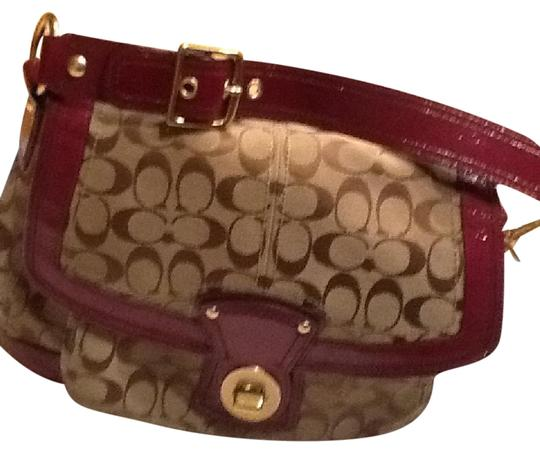 Preload https://img-static.tradesy.com/item/20609584/coach-canvasleather-purse-beigebrownwine-leather-canvas-hobo-bag-0-1-540-540.jpg