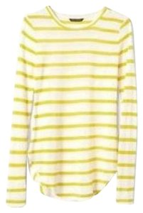 Banana Republic T Shirt Yellow