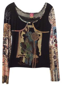 Save The Queen New Knit Medium Mixed Fabric Top Black + Multi-Color