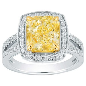 Other 4.22 TCW Cushion Cut Yellow & White Diamonds Platinum Engagement Ring
