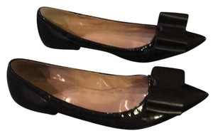 Tahari Bow Adorable Patent Black Leather Flats
