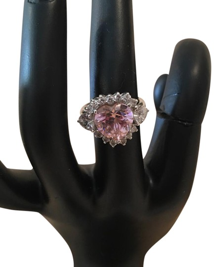 Preload https://img-static.tradesy.com/item/20610390/pink-heart-shaped-sterling-with-cz-ring-0-1-540-540.jpg