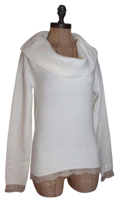 Preload https://img-static.tradesy.com/item/20610893/anthropologie-ivory-sleeping-on-snow-cowl-neck-sweaterpullover-size-12-l-0-1-650-650.jpg