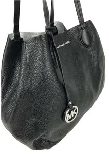 Michael Kors Tote in Black and Silver